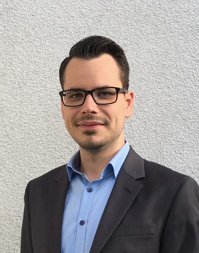 """3. Platz: Dominik Komoli, Gebrüder Weiss Paketdienst GmbH, für das Konzept """"Digitalisierungsprojekt Paketshop-Betreuung"""""""