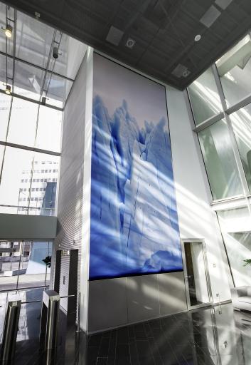 """Foyer STRABAG-Zentrale Wien: Helmut Ditsch """"Under your Sign"""""""
