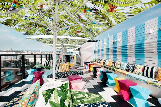 Terasse der Lamée Rooftop Bar