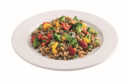 Fit mit Genuss ins neue Jahr – Fit-Speisen enthalten max. 550 kcal pro Portion, wie diese leichte Linsenpasta mit Gemüse.