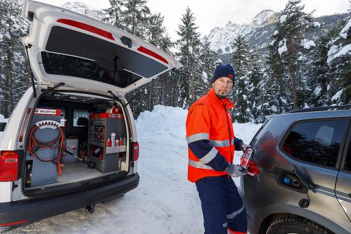 ARBÖ Pannendienst im Wintereinsatz; © ARBÖ/Bildagentur Zolles KG/Simon Hausberger, 17.12.2020