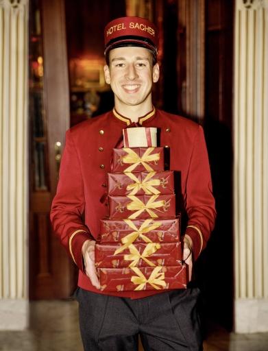 Hotel Sacher Page mit Original Sacher-Torten