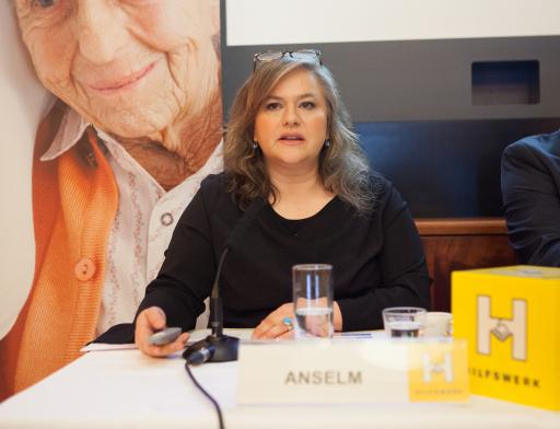 Portrait Elisabeth Anselm, Geschäftsführerin des Hilfswerk Österreich