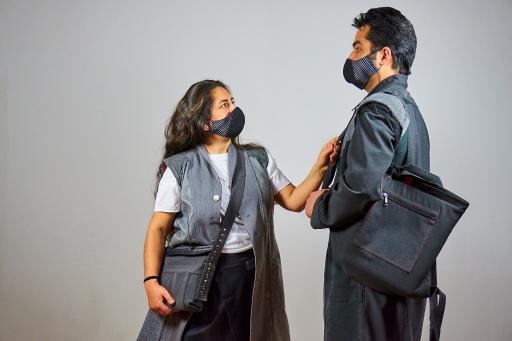 Modisch und nachhaltig: Aus alter Dienstkleidung entstehen kunstvolle Taschen der Reihe inForm, Kooperation von Wiener Stadthalle und gabarage upcycling design