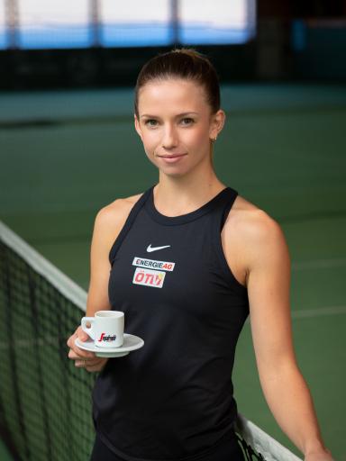 Tennis-Profi Barbara Haas ist künftig Teil der Segafredo Familie.