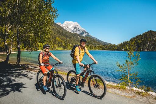E-Bike-Tour am Hintersteinersee in Scheffau in der Region Wilder Kaiser.