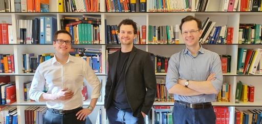 Das Kernteam der Praxisgruppe 360° Erneuerbare Energie: Mario Laimgruber, Kaleb Kitzmüller und Johannes Hartlieb (v.l.)