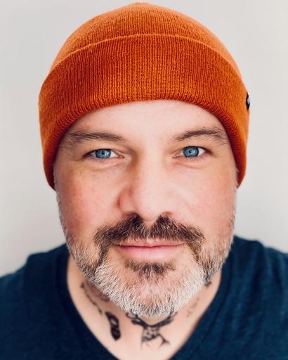 Ingo Steinbach, Sänger, Songschreiber und Produzent aus Wien. www.ingosteinbach.at https://linktr.ee/ingosteinbach