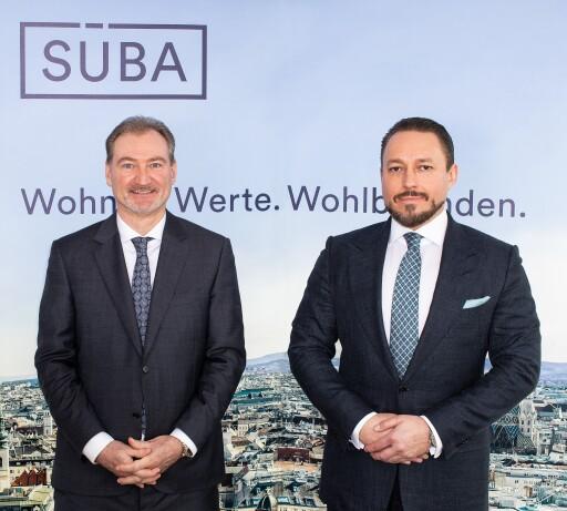 SÜBA-Vorstand Heinz Fletzberger (links) und Klemens Hallmann (rechts), Alleineigentümer und Aufsichtsratsvorsitzender der SÜBA AG, expandieren mit dem renommiertem österreichischen Bauträger nach Deutschland.