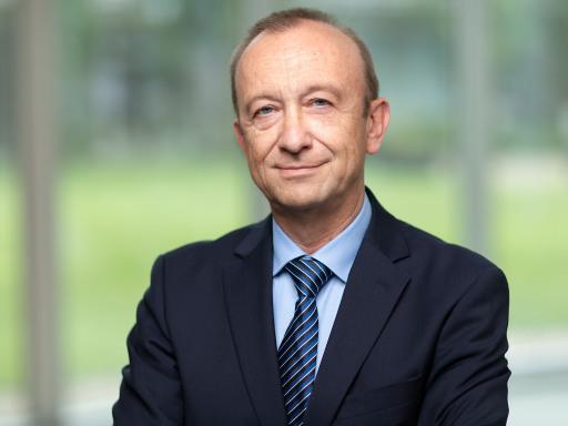Portraitfoto Mag. Dr. Harald Stindl