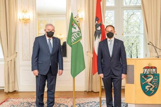 Feierliche Angelobung von Gustav Spener, Präsident der ZiviltechnikerInnenkammer durch Landeshauptmann Hermann Schützenhöfer in Graz