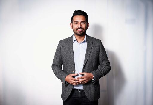 Vithunan Lingeswaran ist seit 1. April 2021 neuer IT-Leiter der Digitaltochter dpa-infocom. / Weiterer Text über ots und www.presseportal.de/nr/8218 / Die Verwendung dieses Bildes ist für redaktionelle Zwecke unter Beachtung ggf. genannter Nutzungsbedingungen honorarfrei. Veröffentlichung bitte mit Bildrechte-Hinweis.
