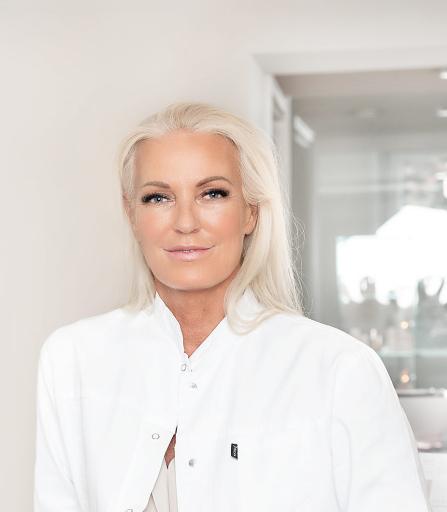 Dr. Ursula Tonar