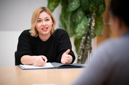 ÖH Vorsitzende Sabine Hanger im Gespräch