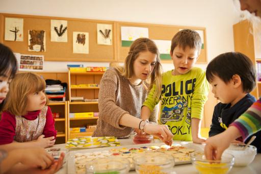 Jedes Kind lernt anderes und in seinem eigenen Tempo, dafür benötigt es fundiert ausgebildete PädagogInnen sowie eine adäquate Umgebung, wo Entwicklung und Lernen zum Wohle jedes Kindes stattfinden können. (Das Bild darf nur im Zusammenhang mit einer Berichterstattung über die St. Nikolausstiftung verwendet werden)