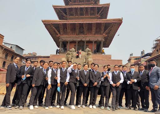Angehende Hotel- und Tourismus-ExpertInnen in Nepal. (Archivbild)