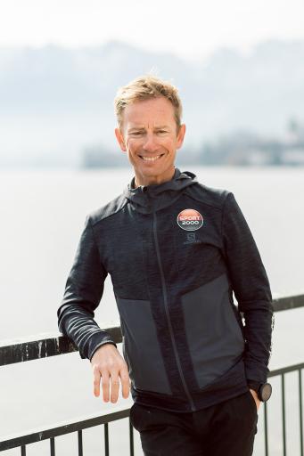 Trailrunning Profi Markus Kröll moderiert die Gespräche mit den sieben Legenden des Bergmarathons.