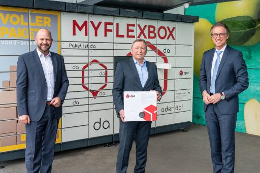 v.l.n.r.: Harald Mießner, Vorstand BILLA Vertrieb, Rainer Schwarz, Geschäftsführer von DPD Österreich, Leonhard Schitter, CEO der Salzburg AG