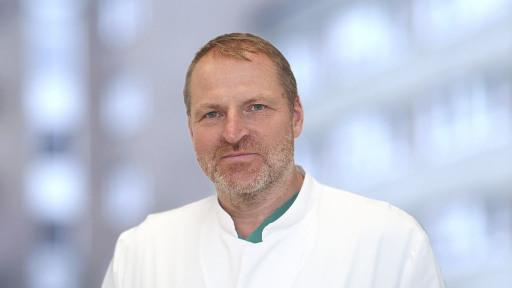 Dr. med. Michael Kaiser ist hygienebeauftragter Arzt im Brüderkrankenhaus St. Josef in Paderborn