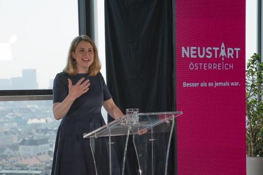 Rede der NEOS-Parteivorsitzenden Beate Meinl-Reisinger zum Neustart Österreich
