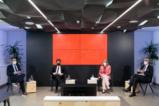Die Diskussionsrunde im Pressezentrum der APA – rund 330 Interessierte verfolgten den Talk via Live-Stream.
