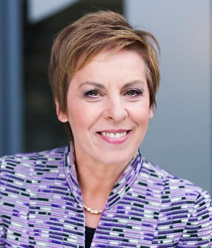 Keynote-Speakerin Theresia Theurl, Direktorin des Instituts für Genossenschaftswesen an der Universität Münster, nahm via zoom-Zuschaltung am APA-Talk teil.