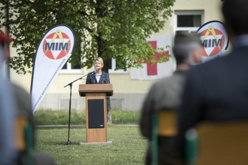 Verteidigungsministerin Tanner bei MilKdoT
