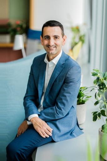 Dr. Dejan Baltic, Medical Director bei Amgen