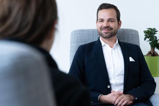 Dr. Johannes Bisschoff, Dermatologe und Hautexperte in Wien