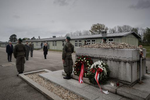 Kranzniederlegung KZ-Gedenkstätte Mauthausen