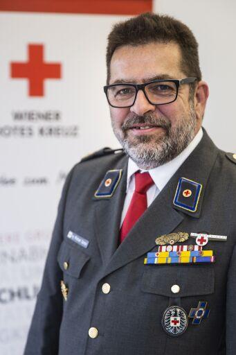 Michael Sartori ist seit 30 Jahren in leitender Funktion bei Großeinsätzen tätig und seit Anfang April Landesrettungskommandant beim Wiener Roten Kreuz.