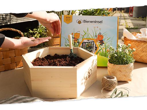 Bieneninsel / Weiterer Text über ots und www.presseportal.de/nr/137749 / Die Verwendung dieses Bildes ist für redaktionelle Zwecke unter Beachtung ggf. genannter Nutzungsbedingungen honorarfrei. Veröffentlichung bitte mit Bildrechte-Hinweis.