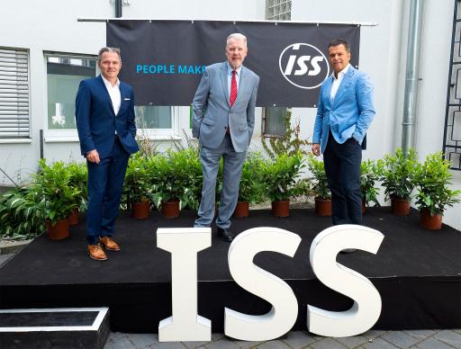 Erich Steinreiber, CEO ISS Österreich, eröffnete gemeinsam mit Bürgermeister Klaus Schneeberger in Anwesenheit von Vertretern aus Wirtschaft und Medien die neue Niederlassung in Wiener Neustadt.