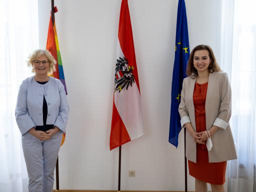 Die deutsche Justizministerin Christine Lambrecht und die österreichische Justizministerin Alma Zadić.
