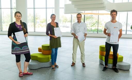 Johanna Spreitzhofer (links) sowie Martin Miltner und Sebastian Vogler treten im Rahmen der Falling Walls Lab Austria Plenary Session während der Alpbacher Technologiegespräche am 27. August um ein weiteres Ticket nach Berlin an.