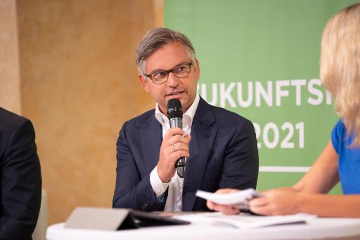 """Magnus Brunner, Staatssekretär im Klimaschutzministerium: """"Wer am Freitag für Klimaschutz auf die Straße geht, muss am Montag dem Bau von Infrastruktur zustimmen, damit die Energiewende möglich wird."""""""