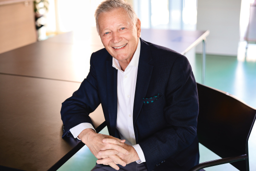 """Helmut Krieghofer ist Vorsitzender des Vorstands der neuen Sozialstiftung """"Die Seraphiner"""". Der ehemalige Landesdirektor des ORF in Tirol und Südtirol leitet die Stiftung ehrenamtlich."""