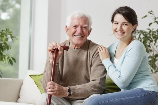 Im Sommer auf Urlaub - und wer schaut in der Zwischenzeit auf die pflegebedürftige Oma?