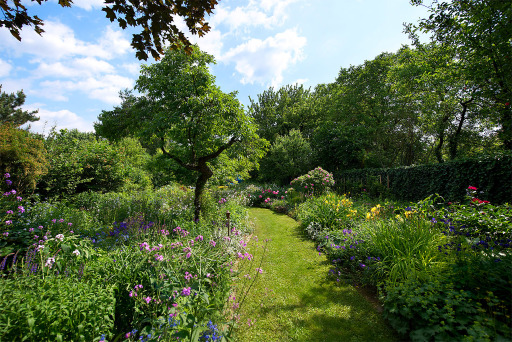 Naturnaher Garten und Oase für Schmetterlinge (Natur im Garten / Schaugarten Froehlich)