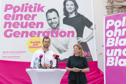 Plakatpräsentation NEOS Oberösterreich