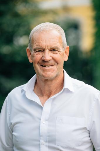 Roland Fischer ist seit Jahrzehnten eng mit dem Pferdesport verbunden und möchte Präsident des Oberösterreichischen Pferdesportverbandes (OÖPS) werden