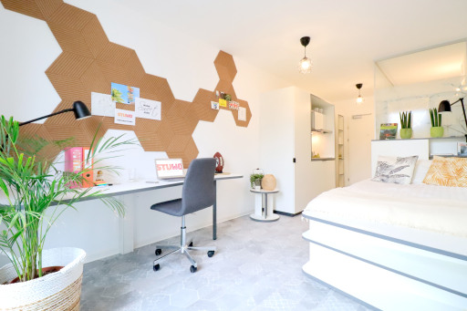 Möbliertes Apartment mit Küche, Bad und WC