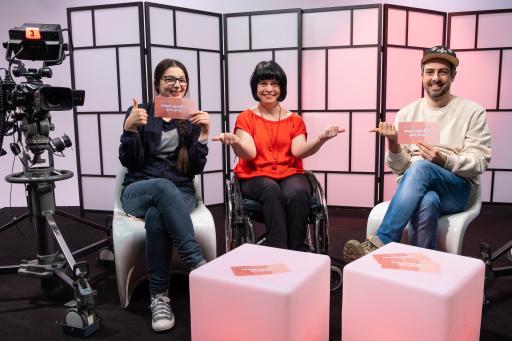 """Antina Zlatkova, Ivana Veznikova und Thomas Lindermayer (v.l.n.r.) freuen sich auf die zweite """"Perspektivenwechsel""""-Staffel."""