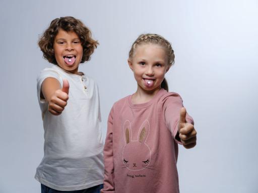 Speziell für Kinder entwickelt – zahnfreundlich, zuckerfrei und mit fruchtigem Erdbeergeschmack