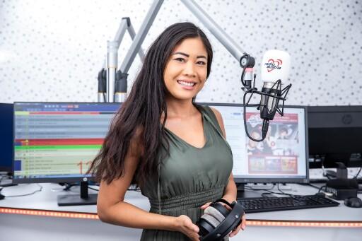 Radio Austria ist mit Programmchefin und Moderatorin Vina Aquarina nun auch bundesweit via DAB+ empfangbar.