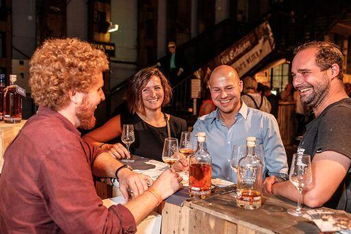 Am Vienna Rumfestival können Rum-Liebhaber:innen hunderte Sorten Rum entdecken!