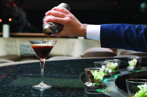 Espresso Martini in der Cascade Bar, Vienna Marriott Hotel