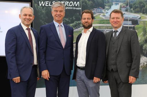 Wels Strom Geschäftsführer Friedrich Pöttinger, Energie AG Vorstandsvorsitzender Werner Steinecker, eww Vorstandssprecher Florian Niedersüss, Wels Strom Geschäftsführer Franz Gruber