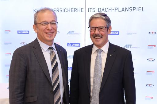 Bildunterschrift: vlnr: Dr. Helmut Leopold (Head of Center for Digital Safety & Security, AIT), Mag. Erwin Hameseder (Präsident KSÖ)