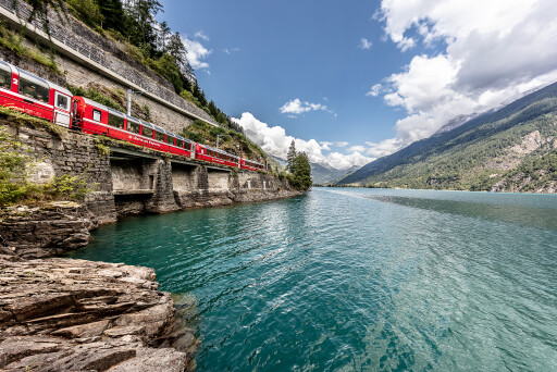 Bernina Express am Lago di Poschiavo